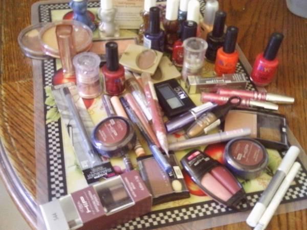 makeup dump