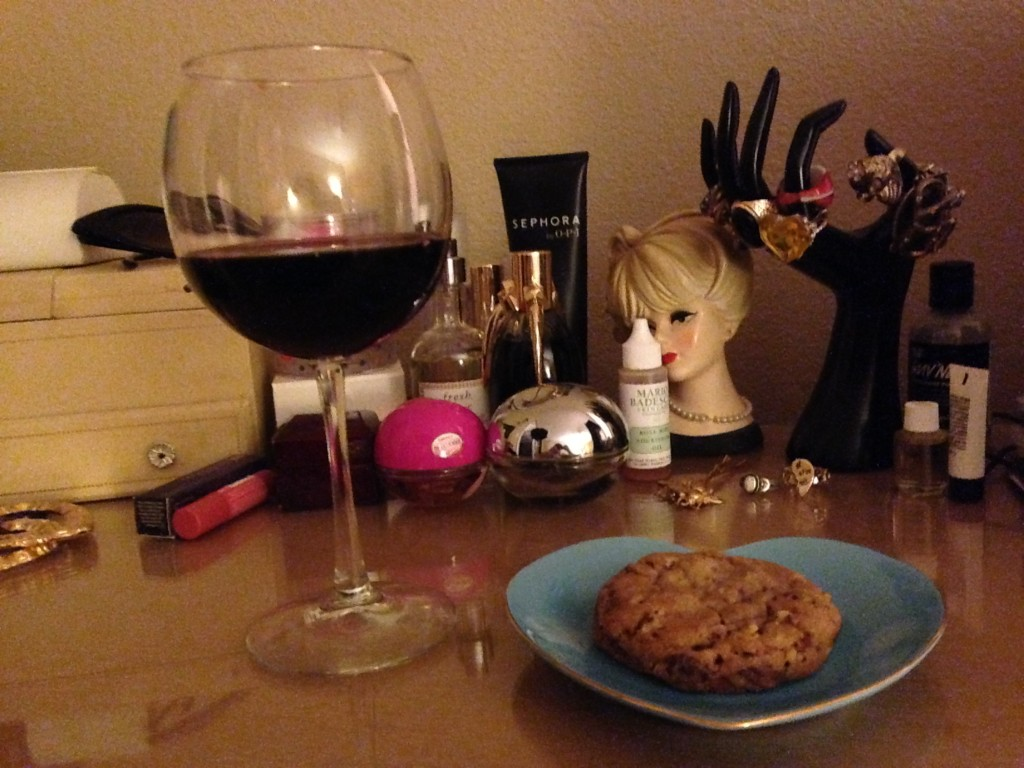 wine and cookie